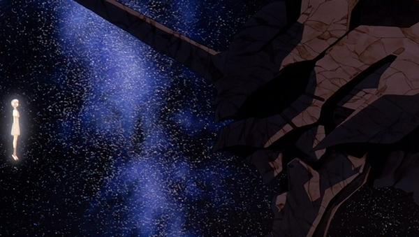 [EoE] Rei a frente da cabeça petrificada do Eva-01